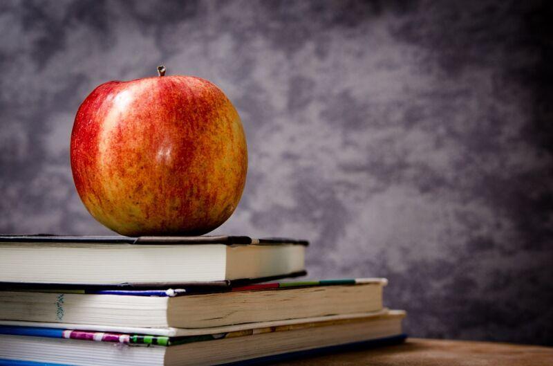 äpple och böcker